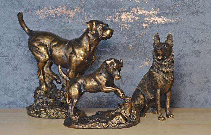 Fiesta Studios Ltd - Bronze Effect Resin Dogs Wholesale UK